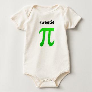 Camiseta del bebé del Sweetie pi Mameluco