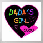 Camiseta del chica de Dada, taza, botón, imán, más Posters
