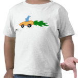 Camiseta del coche de la zanahoria del conejito