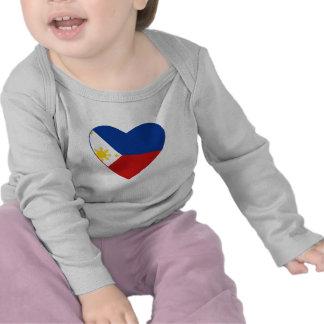 Camiseta del corazón de la bandera de Filipinas