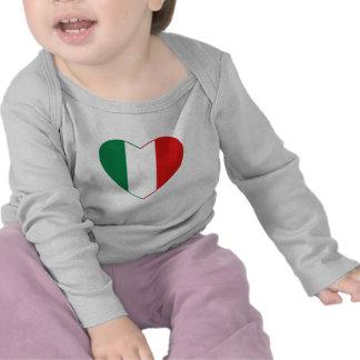 Camiseta del corazón de la bandera de Italia