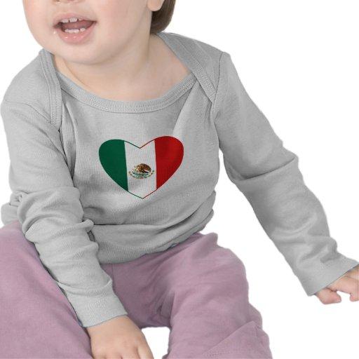 Camiseta del corazón de la bandera de México