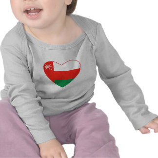 Camiseta del corazón de la bandera de Omán