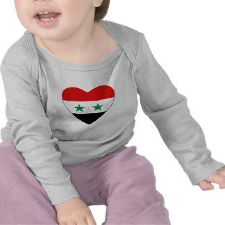 Camiseta del corazón de la bandera de Siria