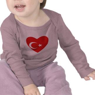 Camiseta del corazón de la bandera de Turquía