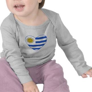Camiseta del corazón de la bandera de Uruguay