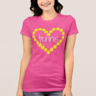 Camiseta del corazón de la pelota de tenis