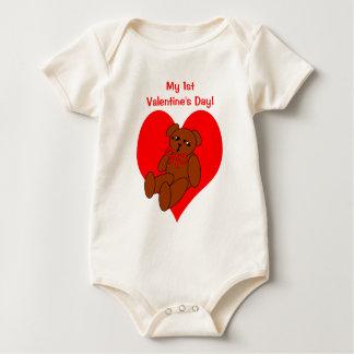 Camiseta del corazón del oso del peluche de la 1ra enterito
