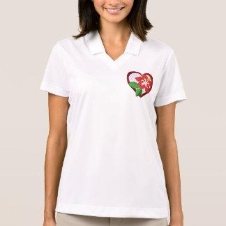 Camiseta del corazón y de la flor