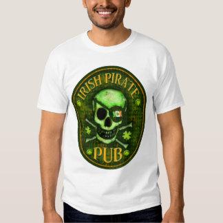 Camiseta del cráneo del Pub del pirata del día de Remeras