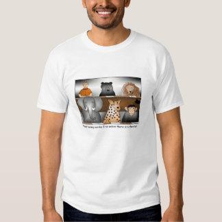 Camiseta del dibujo animado de los ensayos con camisas