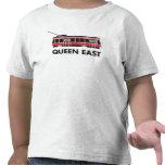 Camiseta del este del niño del tranvía de la reina