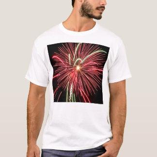 Camiseta del fuego artificial