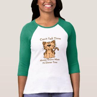 Camiseta del gato del tiempo de la cena playeras