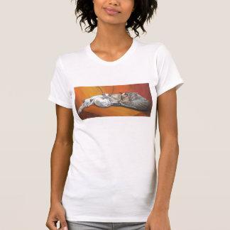 Camiseta del gato siamés de la siesta de la playeras