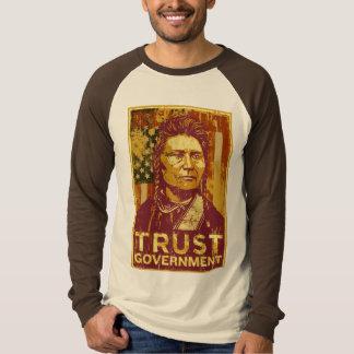 Camiseta del gobierno de la confianza