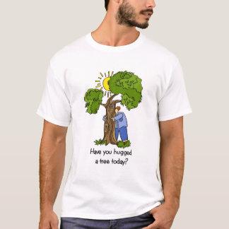 Camiseta del hugger del árbol