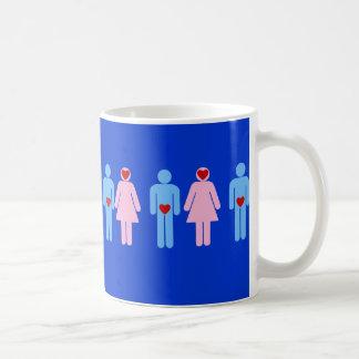 Camiseta del humor del amor de la mujer del hombre taza de café