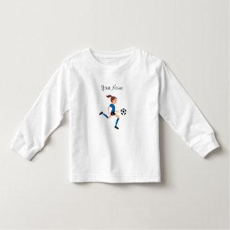 Camiseta del jugador de fútbol de la chica joven camisas