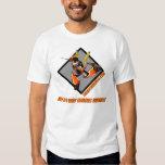 Camiseta del logotipo de los artes de Tim Michael Poleras