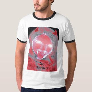 Camiseta del monopatín de Ozzy del diablo Polera