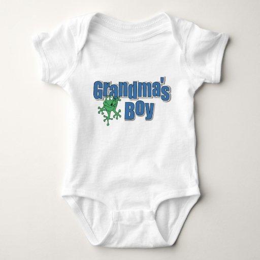 Camiseta del muchacho de la abuela polera
