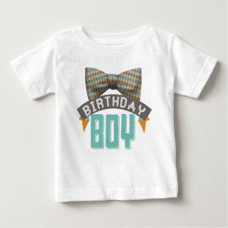 Camiseta del muchacho del cumpleaños de Bowtie Playeras