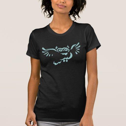Camiseta del negro del bosquejo del búho del vuelo remera