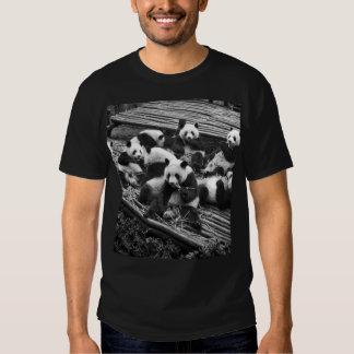 Camiseta del negro del fiesta de la panda remera