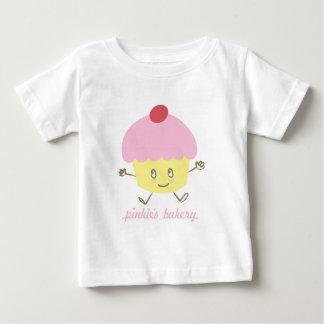 Camiseta del niño de la magdalena de la panadería playeras