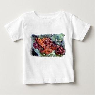 Camiseta del niño de las estrellas de mar playera
