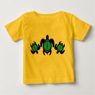 Camiseta del niño de las tortugas del ojo de tres