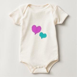 Camiseta del niño de los corazones de la arena