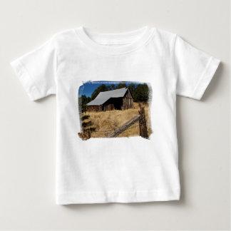Camiseta del niño del granero 458 playeras