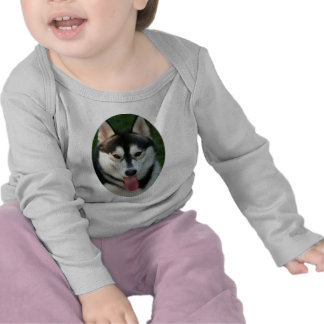Camiseta del niño del perro de trineo