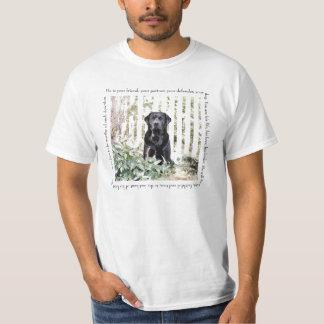 Camiseta del perro del jardín playeras