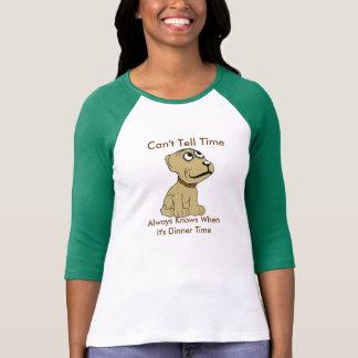 Camiseta del perro del tiempo de la cena playeras