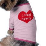 Camiseta del perro: Robo corazones Camisas De Perritos