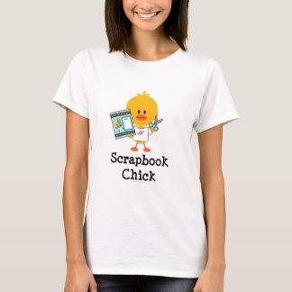 Camiseta del polluelo del libro de recuerdos