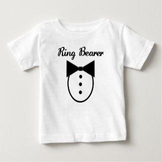 Camiseta del portador de anillo playera