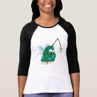Camiseta del raglán de la criatura del mar verde playeras
