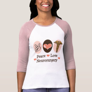 Camiseta del raglán de la neurocirugía del amor de