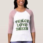 Camiseta del raglán de los árboles de amor de la