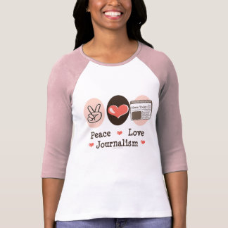 Camiseta del raglán del periodismo del amor de la polera