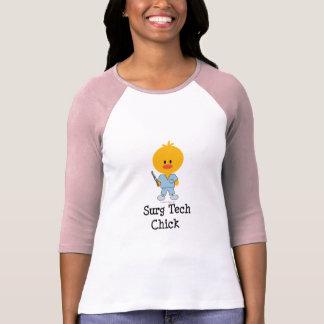 Camiseta del raglán del polluelo de la tecnología