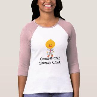 Camiseta del raglán del polluelo de la terapia polera