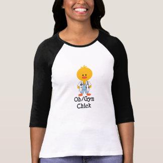 Camiseta del raglán del polluelo de OB/GYN