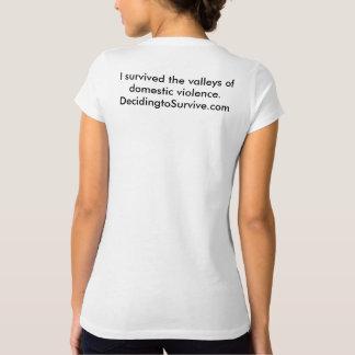 Camiseta del superviviente de la violencia en el