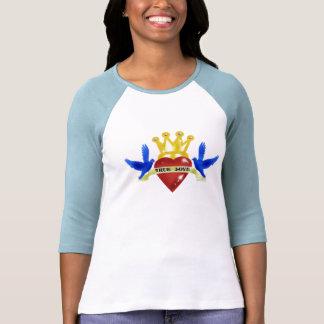 "Camiseta del tatuaje del ""amor verdadero"""