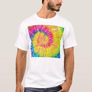 Camiseta del teñido anudado
